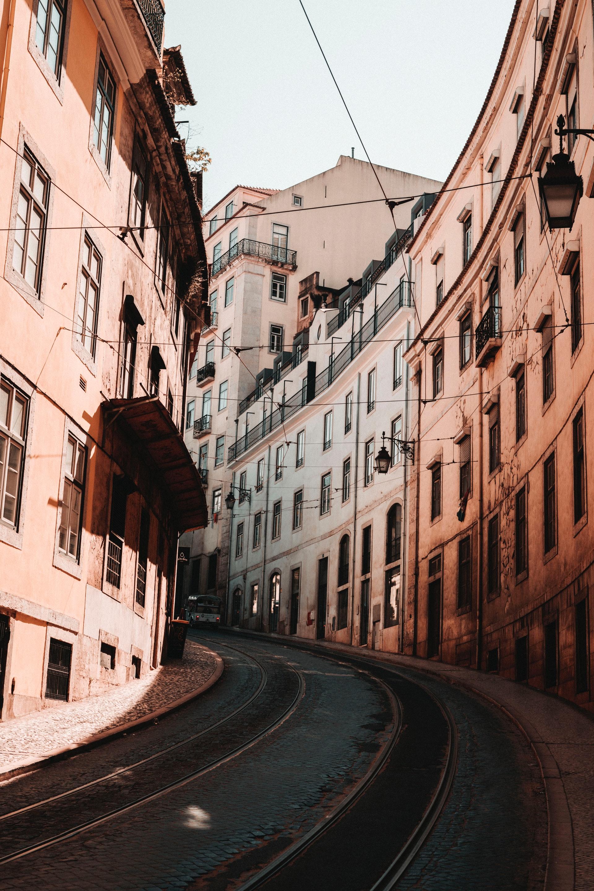 empty-road-between-buildings-3146209